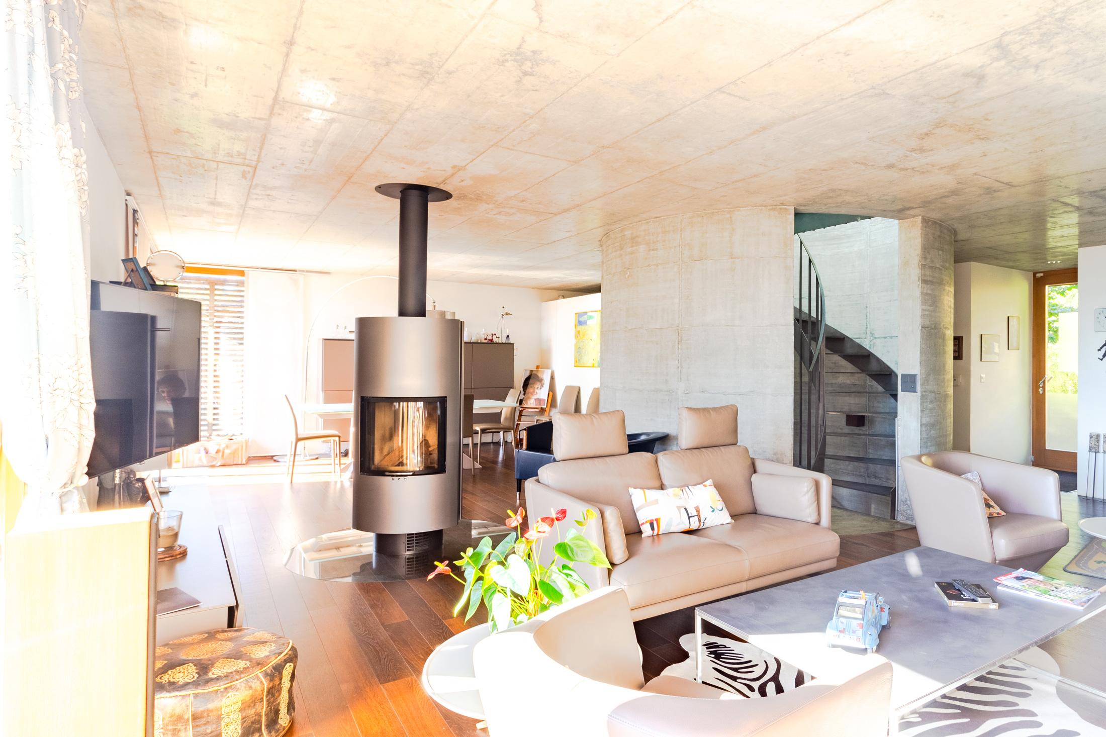 Homewell Immobilier – Splendide villa d'architecte à La Conversion